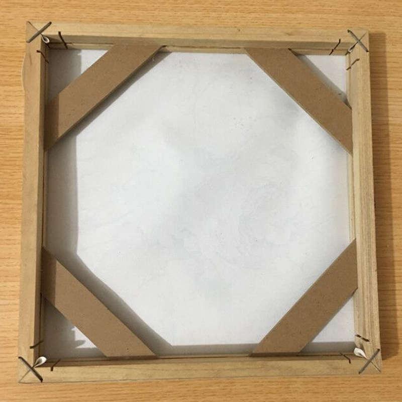 cadre en bois pour toile vue de dos