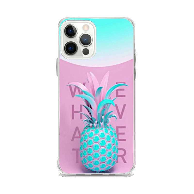 coque motif ananas iphone avec fruit bleu, fond rose et mot whatever
