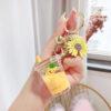 porte cles ananas en forme de gobelet