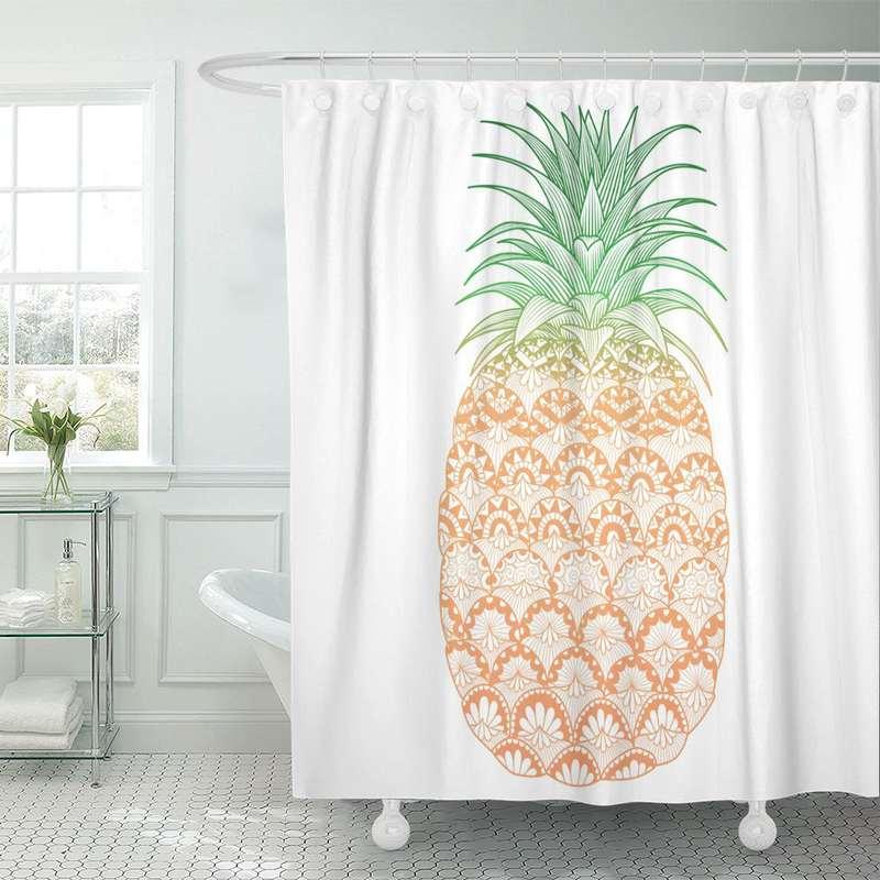 rideau de douche ananas imprimé de motifs artistiques et pendu à une tringle dans une salle de bain