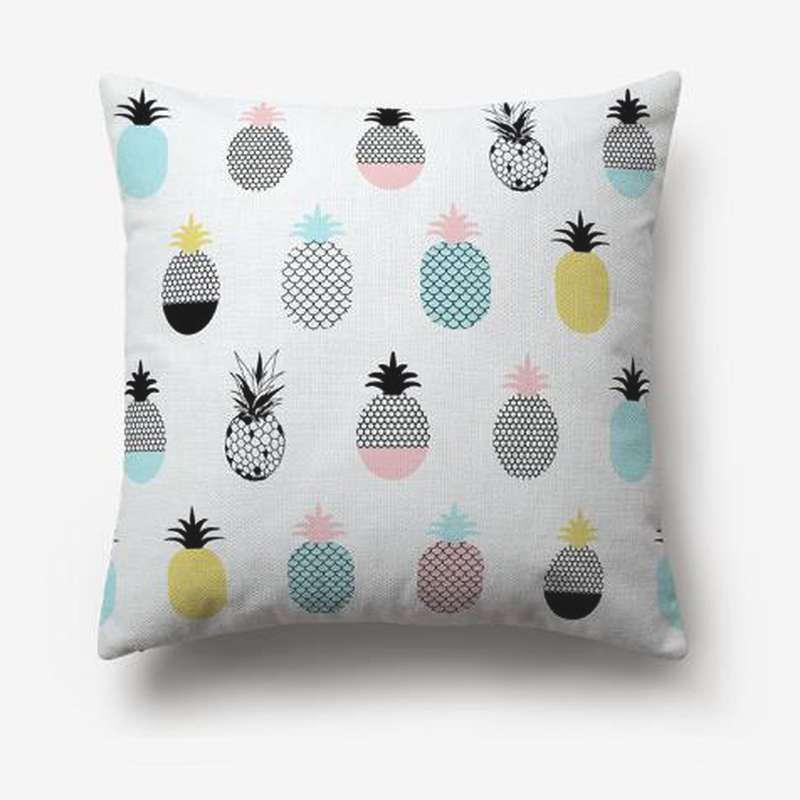taie d'oreiller ananas imprimé de multiple ananas de differentes formes et couleurs