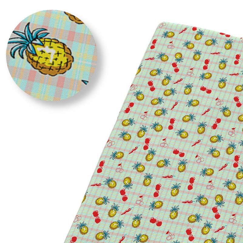 tissu motif ananas à carreaux avec des cerises